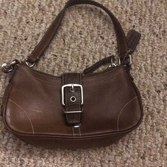 cc8b64559e usa brown small coach purse 85ffe a4f17